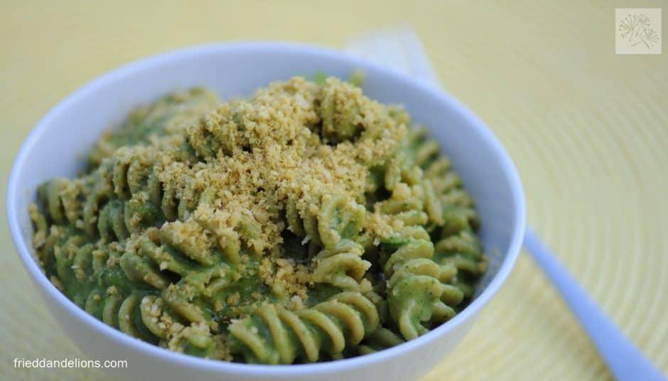 green-macaroni